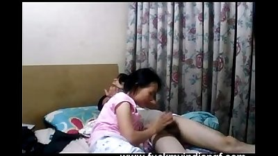 Young indian college girl blowing her boyfriend big meaty cock