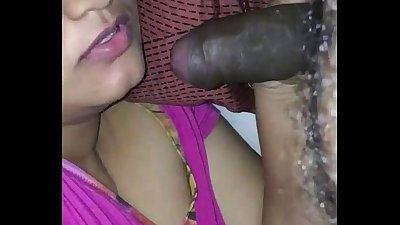 Married indian wife sucking boyfriend cock - indianhiddencams.com